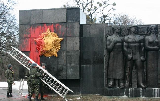Націоналісти жорстко пояснили, якому пам'ятнику не місце у Львові