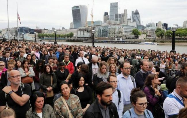 В Лондоне почтили память погибших в теракте