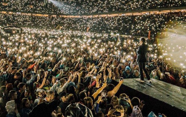 """Фото: """"Океан Ельзи"""" на концерте во Львове (facebook.com/okeanelzyofficial/Вікторія Цветок)"""