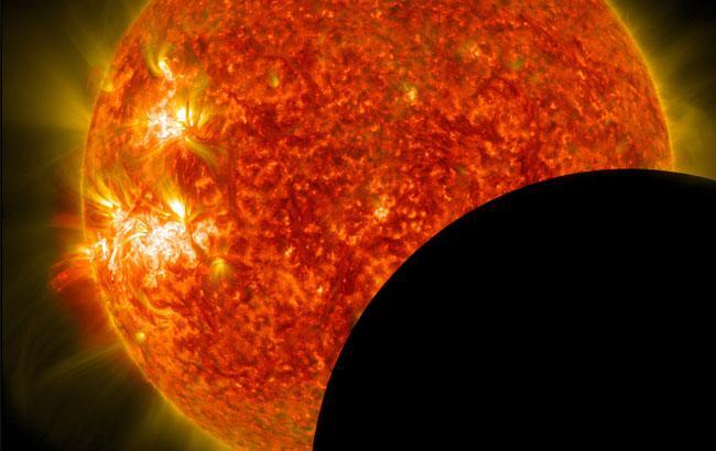 Фото Сонячне затемнення (nasa.gov)