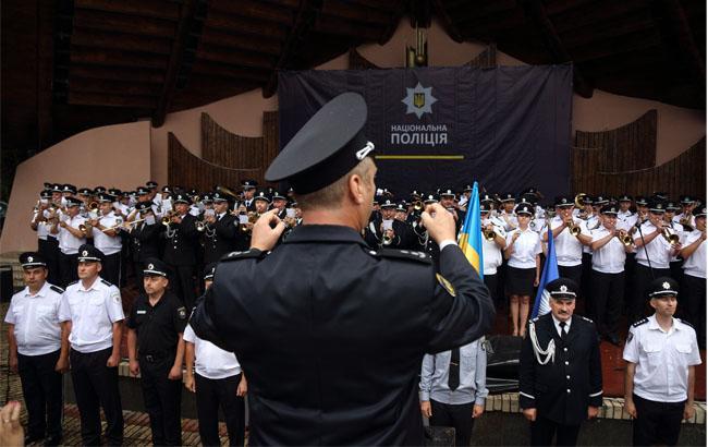 Фото: Рекордний гімн ЄС у виконанні оркестрів Нацполіції (РБК-Україна)