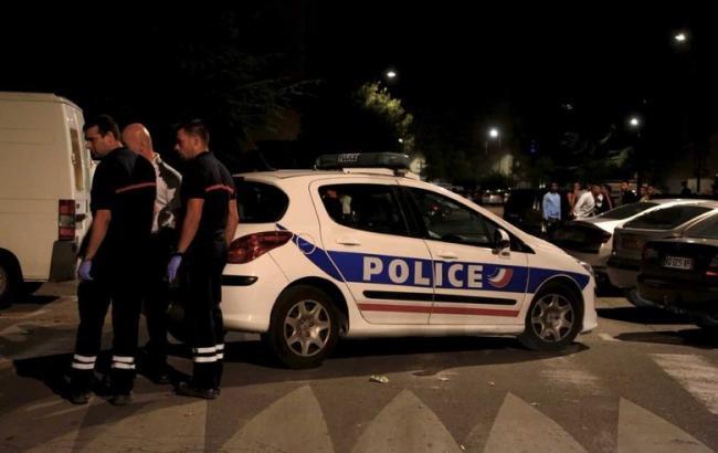 У Франції невідомі обстріляли натовп біля мечеті