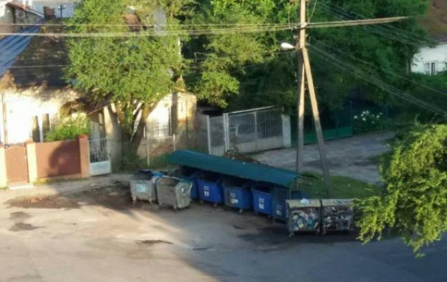 Фото: мусорник во Львове (пресс-служба ЛОГА)