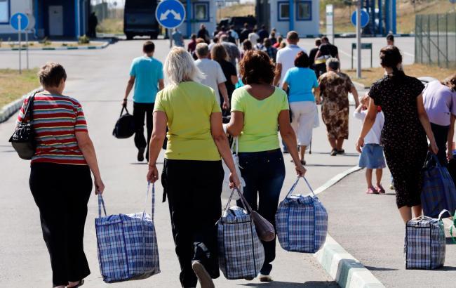 Журналист рассказал, чем отличаются переселенцы Донбасса от переселенцев из Крыма