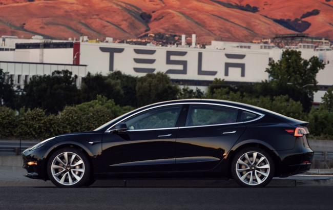 Фото: Tesla Model 3 (twitter.com/elonmusk)