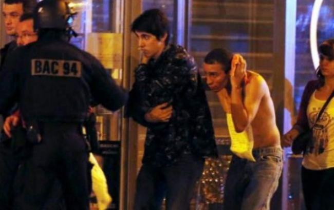 Кількість жертв в результаті теракту в Парижі зросла до 129