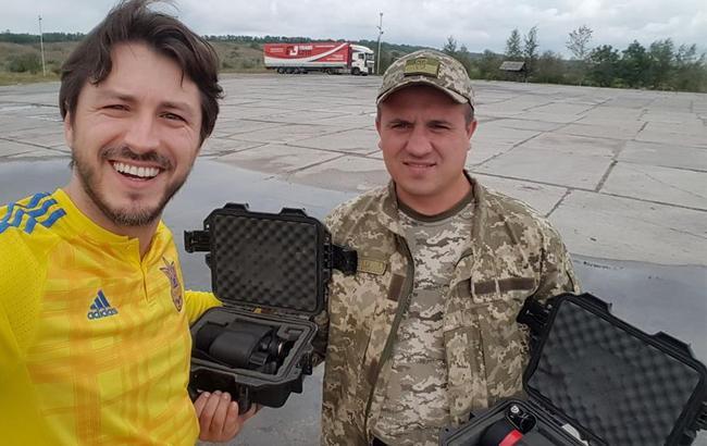 «Почему бы по дороге на матч Украина - Турция не заехать к ребятам»: Притула снова оказал помощь бойцам АТО