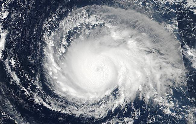 "Фото: ураган ""Ірма"" (nasa.gov)"