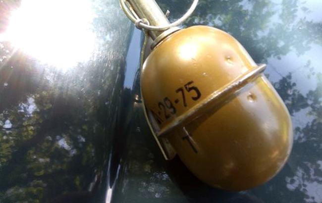 Фото: изъятые боеприпасы (полиция Донецкой области)