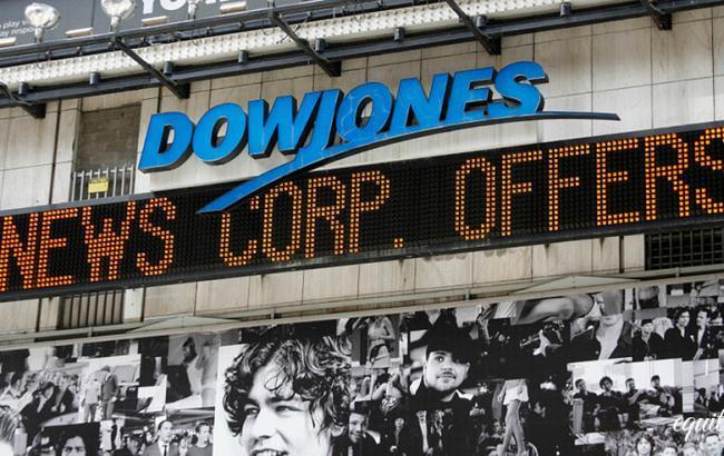 Індекс Dow Jones впав більш ніж на 1500 пунктів