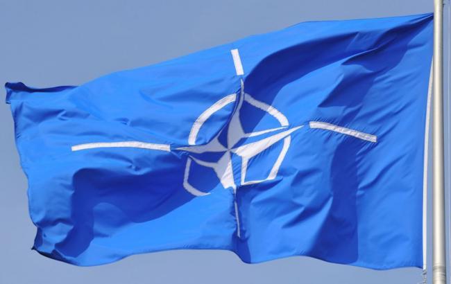 Корабли НАТО проводят общие маневры вЧерном море