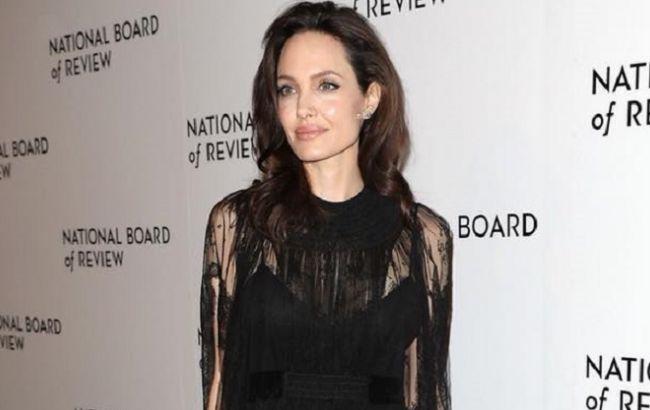 Под надзором ООН: Анджелина Джоли оказалась в центре международного скандала