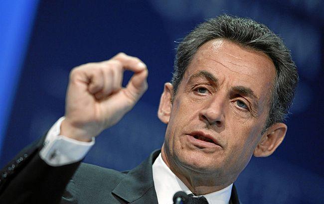 Экс-президенту Франции предъявили обвинения