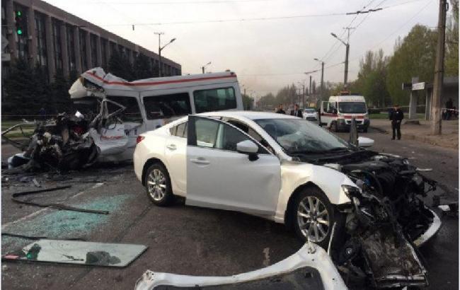 У Кривому Розі маршрутка зіткнулася з автобусом, є жертви