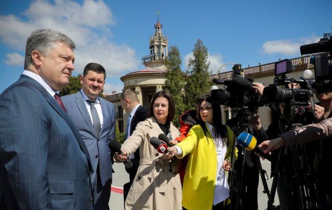 Президент анонсував обговорення питання побудови вузької залізничної колії з Європи до Львова