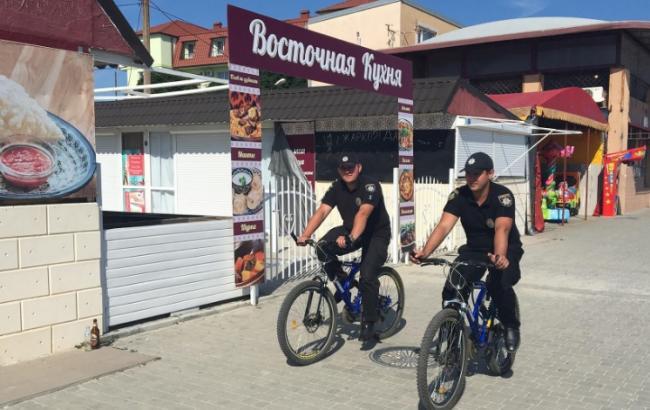 На курортах Херсонської області додатково запрацювали 4 поліцейські станції