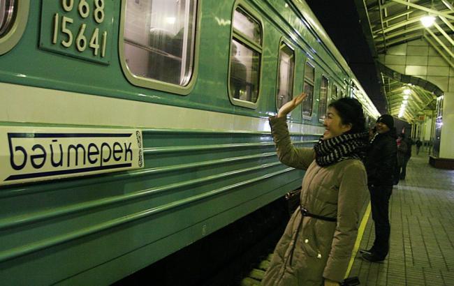 У Казахстані зійшов з рейок пасажирський потяг, є постраждалі