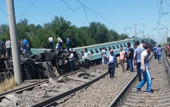 Авария поезда в Казахстане: один человек погиб, трое травмированы
