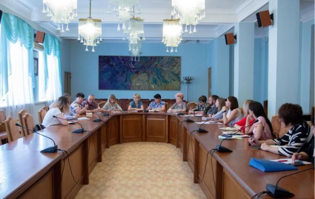 Фото: заседание представителей министерств по вопросу буллинга в Украине (mon.gov.ua)