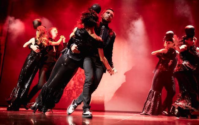 """Фото: арт-проект """"D'Arts Dance Project"""" на сцене"""