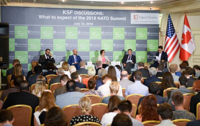 Яценюк: Украина нужна НАТО, как и Альянс нужен Украине