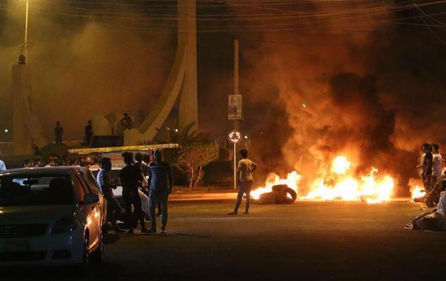 Протести на півдні Іраку: поліція стріляла в демонстрантів