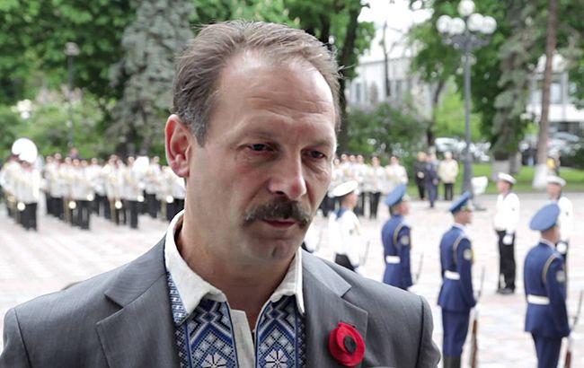 БПП виключила Барну з фракції після нападу на Яценюка