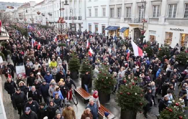 В Варшаве прошел многотысячный митинг в поддержку демократии