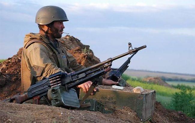 У Луганській області бойовики з мінометів обстріляли житловий будинок