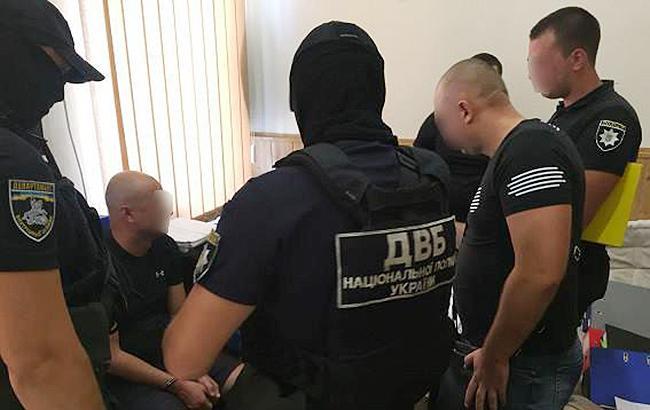 В Одессе повторно задержали подозреваемого в групповых угонах автомобилей за подкуп следователя
