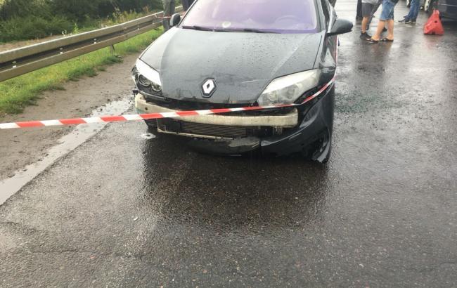 В Україну з Польші намагався прорватися автомобіль, позбивавши шлагбауми