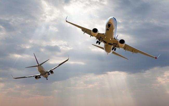 В Латвии зафиксировали два российских самолета у границ страны