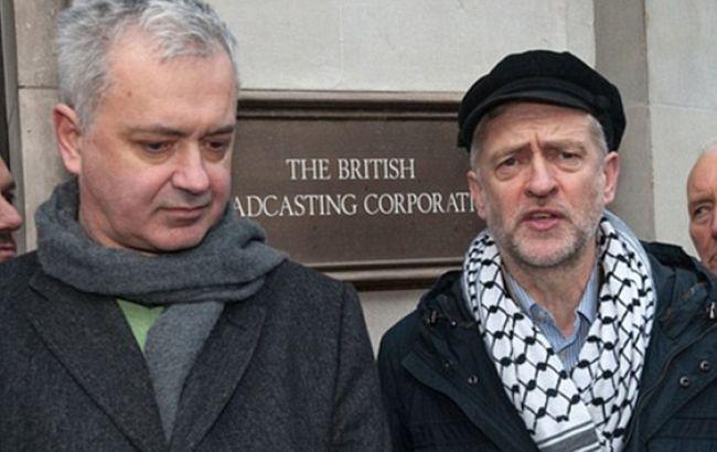 Фото: Ендрю Мюррей та Джеремі Корбін (dailymail.co.uk)