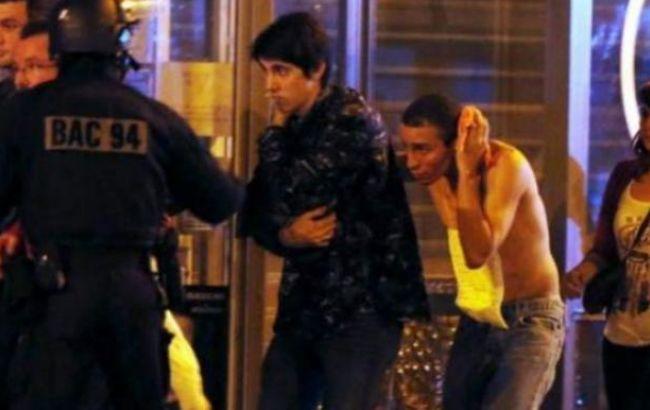 Подозреваемый в организации терактов в Париже помещен под арест