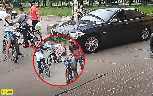 Ребенок учил владельца БМВ ездить по правилам
