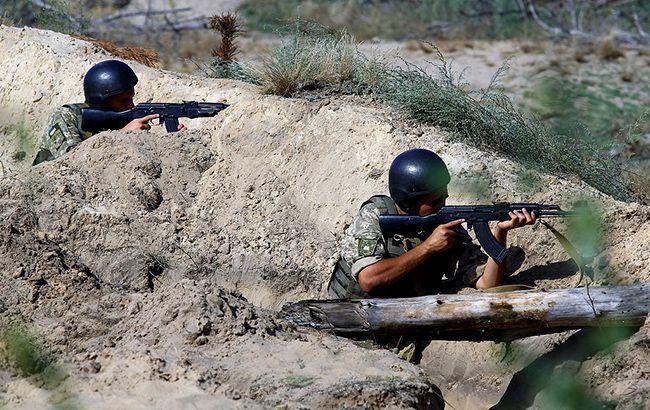 На Донбасі за добу поранено одного військового