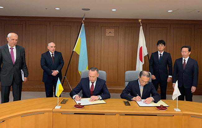 Украина и Япония подписали важный оборонный документ