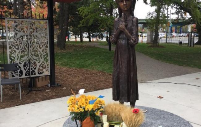 В Канаде открыли мемориал жертвам Голодомора