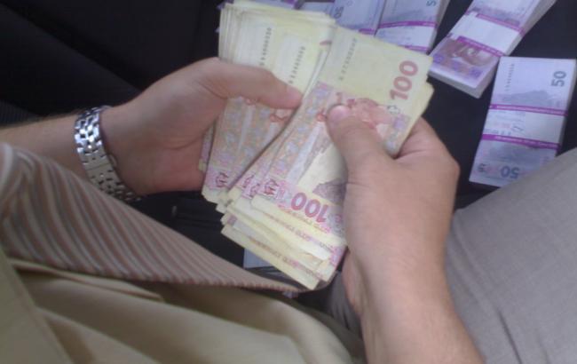 В Киеве налоговая полиция разоблачила 19 конвертцентров в 2015