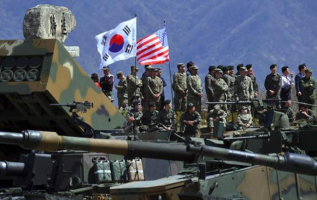 Південна Корея і США проводять спільні військові навчання