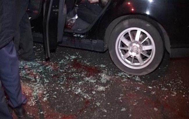 В Киеве взяли под стражу одного из подозреваемых в обстреле такси на Оболони