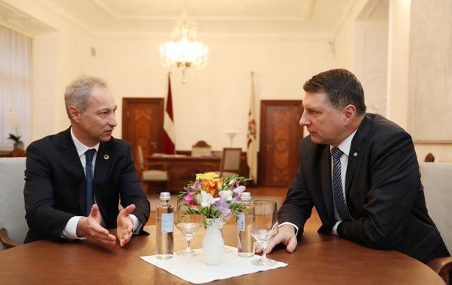 Президент Латвии выдвинул кандидата на пост премьера