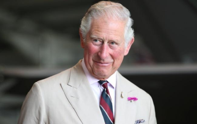Заправив вином і поїхав: принц Чарльз розповів про незвичайний апгрейд свого авто