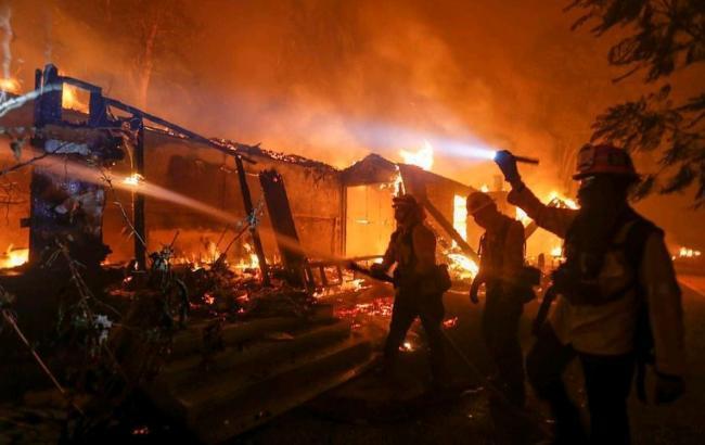 Кількість загиблих в результаті пожежі в Каліфорнії зросла до 44