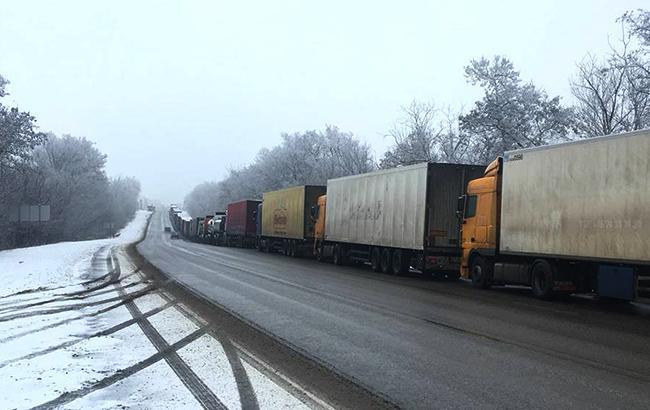 """В """"Укравтодоре"""" рассказали об ограничении движения на дорогах Украины"""