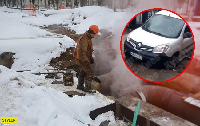 У Києві через комунальників авто провалилося у яму