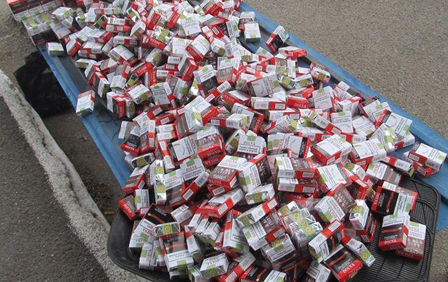 Пограничники на пунктах пропуска изъяли партию контрабандных сигарет