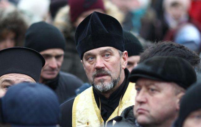 Тысячи украинцев ждут Объединительный собор в Киеве (фоторепортаж)