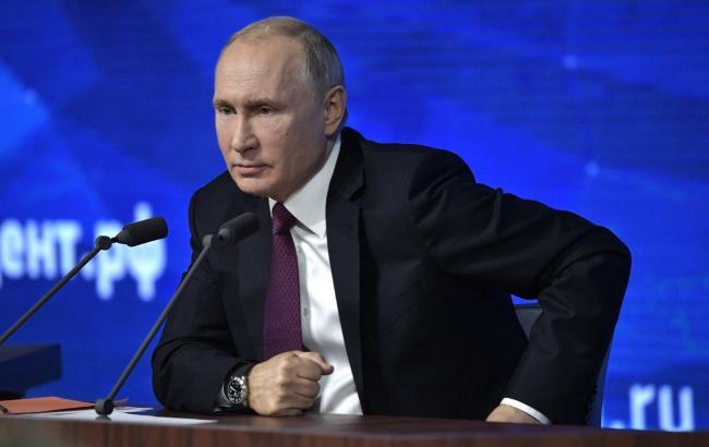 Путін заявив, що РФ не буде перешкоджати проходу суден у Керченській протоці