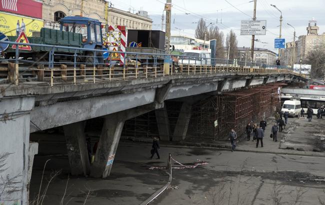 Шулявский путепровод в Киеве перекроют весной 2019